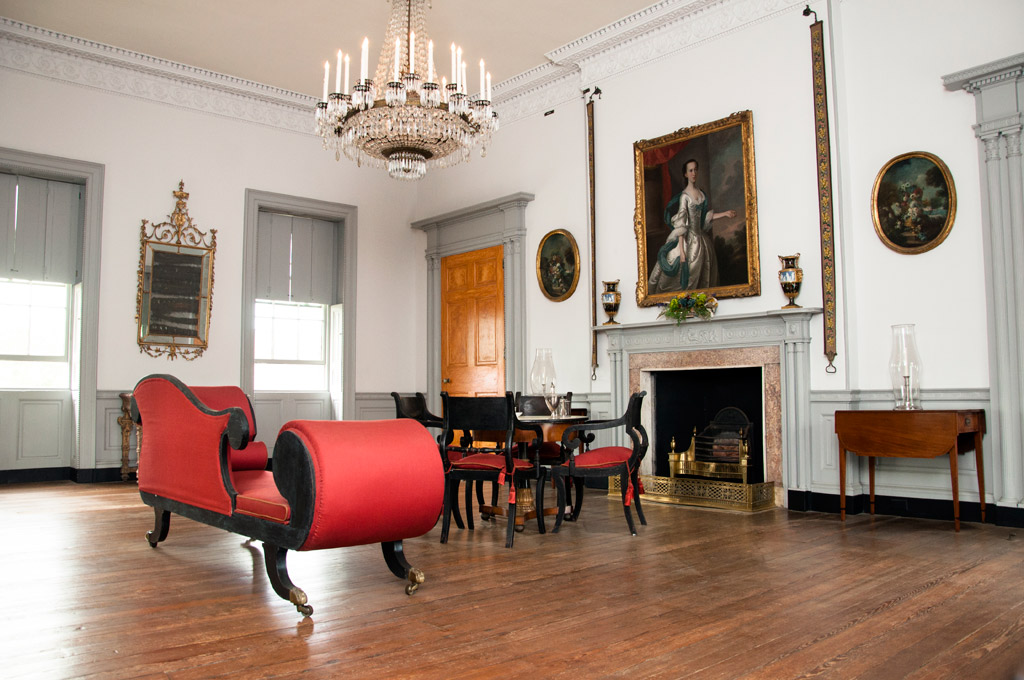 Exclusive Furniture Tour: The Joseph Manigault House