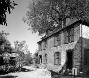 Kitchen-Heyward-House
